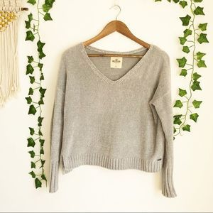 Hollister V-Neck Soft Grey Sweater